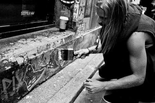 Chad Muska getting artistic in London.