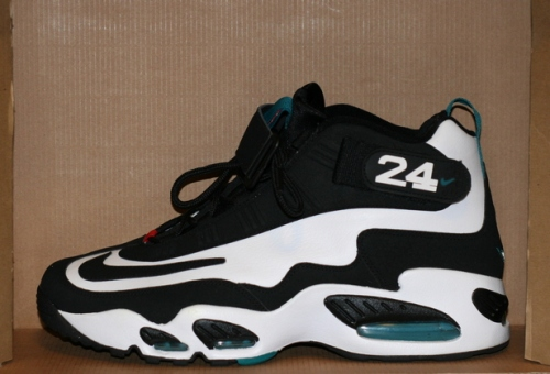 Nike Air Griffey Max 1 Fresh Water uploaded by Ramon Diaz.