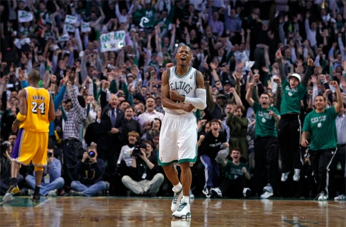 Ray Allen celebrates setting the NBA All-Time 3 point Record in Air Jordan XIII (13) P.E.
