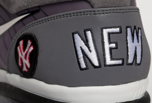 New York Yankees Nike Air Max TR1 Player Exclusive uploaded by DJ Clark Kent.