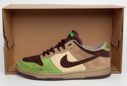 "KICKS/HI x Nike Dunk Low ""Aloha"" uploaded by Jay BKRW Smith"