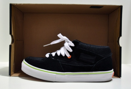KICKS:HI x Vans Half Cab 3 Feet High Pack uploaded by airon0828