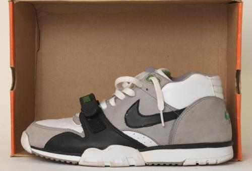 Nike Air Trainer White/Black-Medium Grey/Chlorophyll