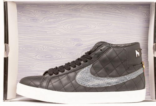 Supreme x Nike SB Blazer Black uploaded by we did it in style**