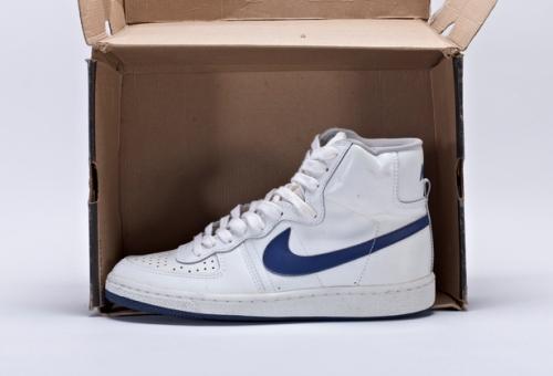 Nike Legend Hi uploaded by B.Goode