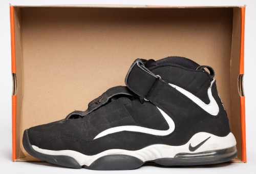 Nike Air Penny 4 uploaded by Elliott.Curtis