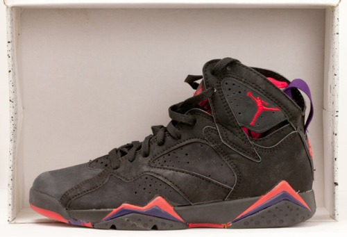 Air Jordan VII Black_True Red uploaded by we did it in style**