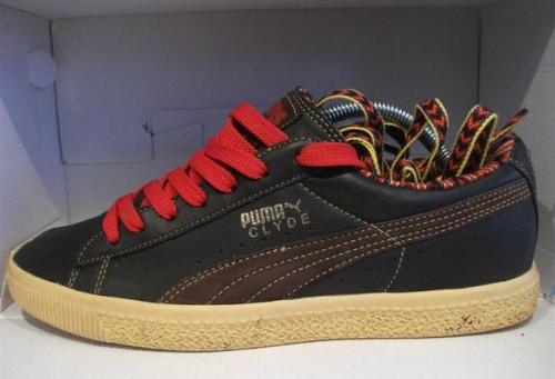 Sneakers N' Stuff x Puma Clyde uploaded by measel