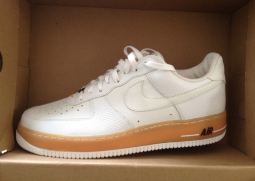 "prix compétitif 51cda 0ef5c Sneaker Spotlight: Nike Air Force 1 ""JD Gum Sole"" 