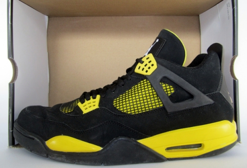 Air Jordan 4 Thunder 2006 uploaded by pascal