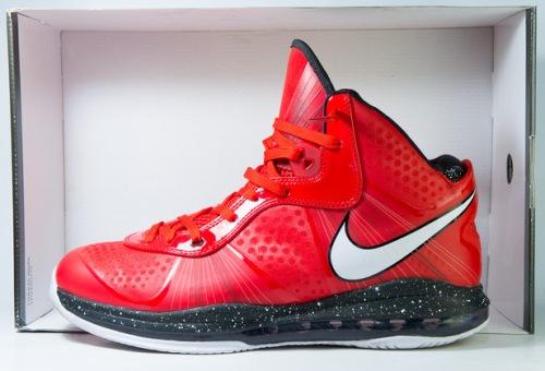Nike LeBron 8 Christmas uploaded by Bradlay Law