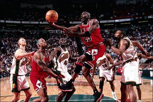 Michael Jordan versus Sonics in Air Jordan XI Black/Red