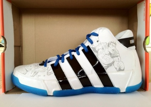 adidas Commander LT Superman uploaded by Tito_Deo
