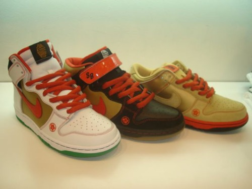 "Nike SB Dunk ""Money Cat"" Pack"