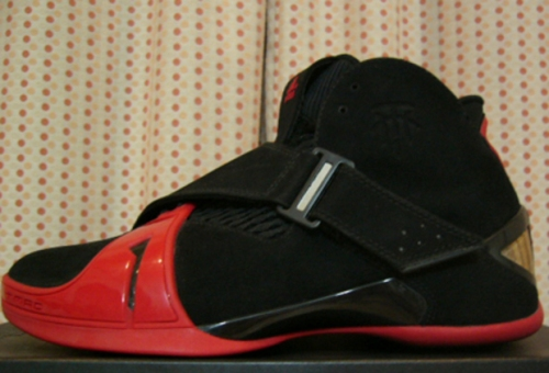 addias T-Mac 5 Black/Red