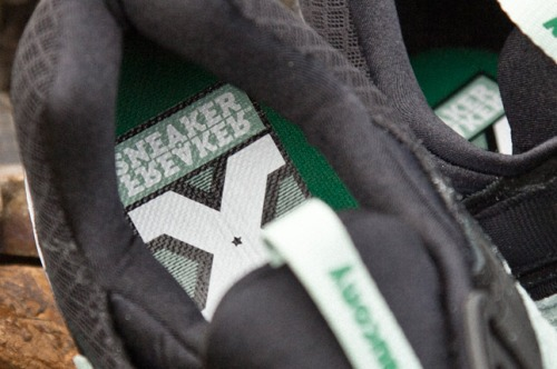 "Sneaker Freaker x Saucony Grid 9000 ""Bushwhackers"" Insoles"