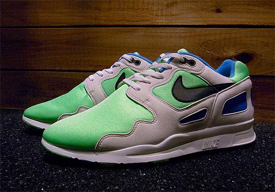 Prestador Generalmente hablando por ejemplo  Sneaker Spotlight: Nike Air Flow OG | Sneakerpedia