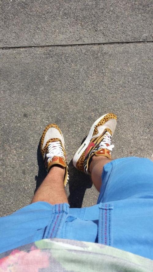 SneakersAndMore