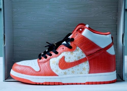 "Supreme x Nike SB Dunk High ""Orange"" uploaded by gearsolegoods"