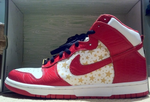 "Supreme x Nike SB Dunk High ""Red"" uploaded by lilux4"