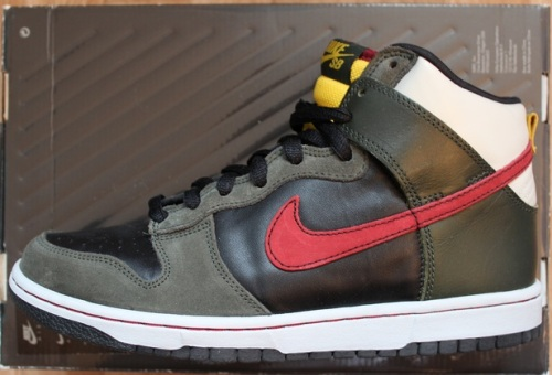 "Nike SB Dunk High ""Boba Fett"" uploaded by BrokeBoi"