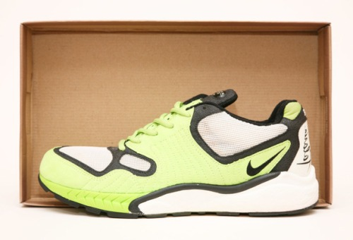 Air Talaria Neon-Black-White