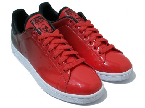 "atoms x adidas Stan Smith ""Red-Black"""