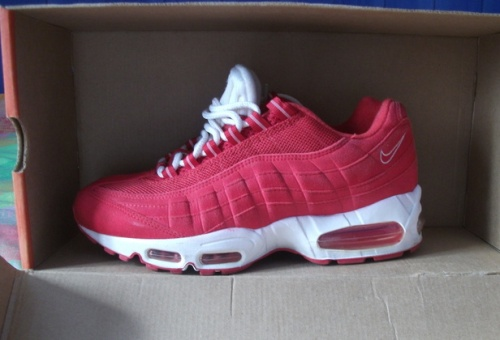 "Nike WMNS Air Max 95 ""Valentine's Day"" uploaded by Choppa"