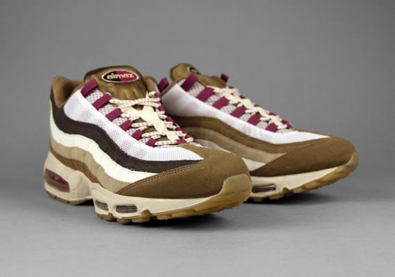 sneakers for cheap 3c439 2e032 atmos x Nike Air Max 95