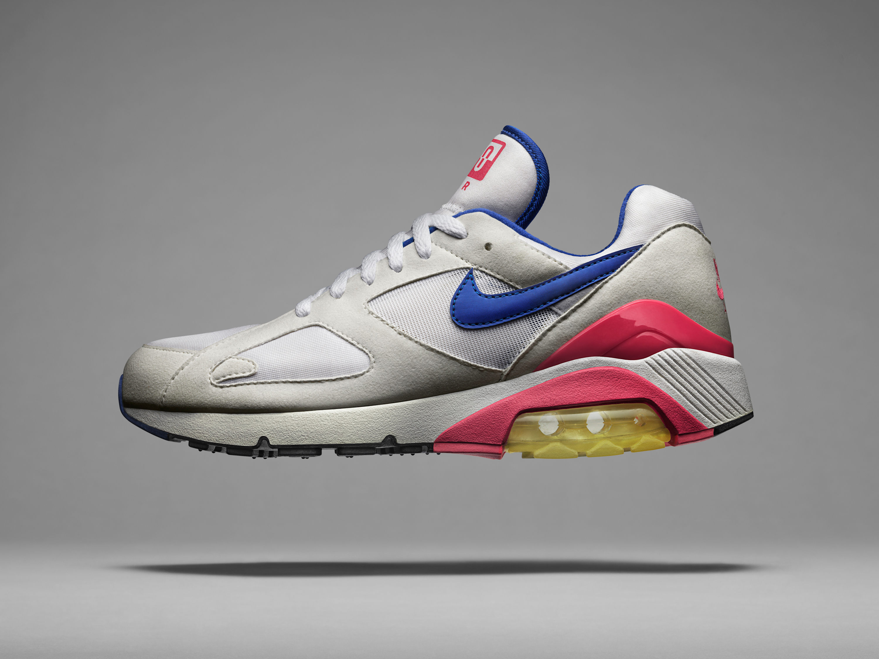 24f08eabea ... the Air Max 93, it has, however, a look that is clean and modern.