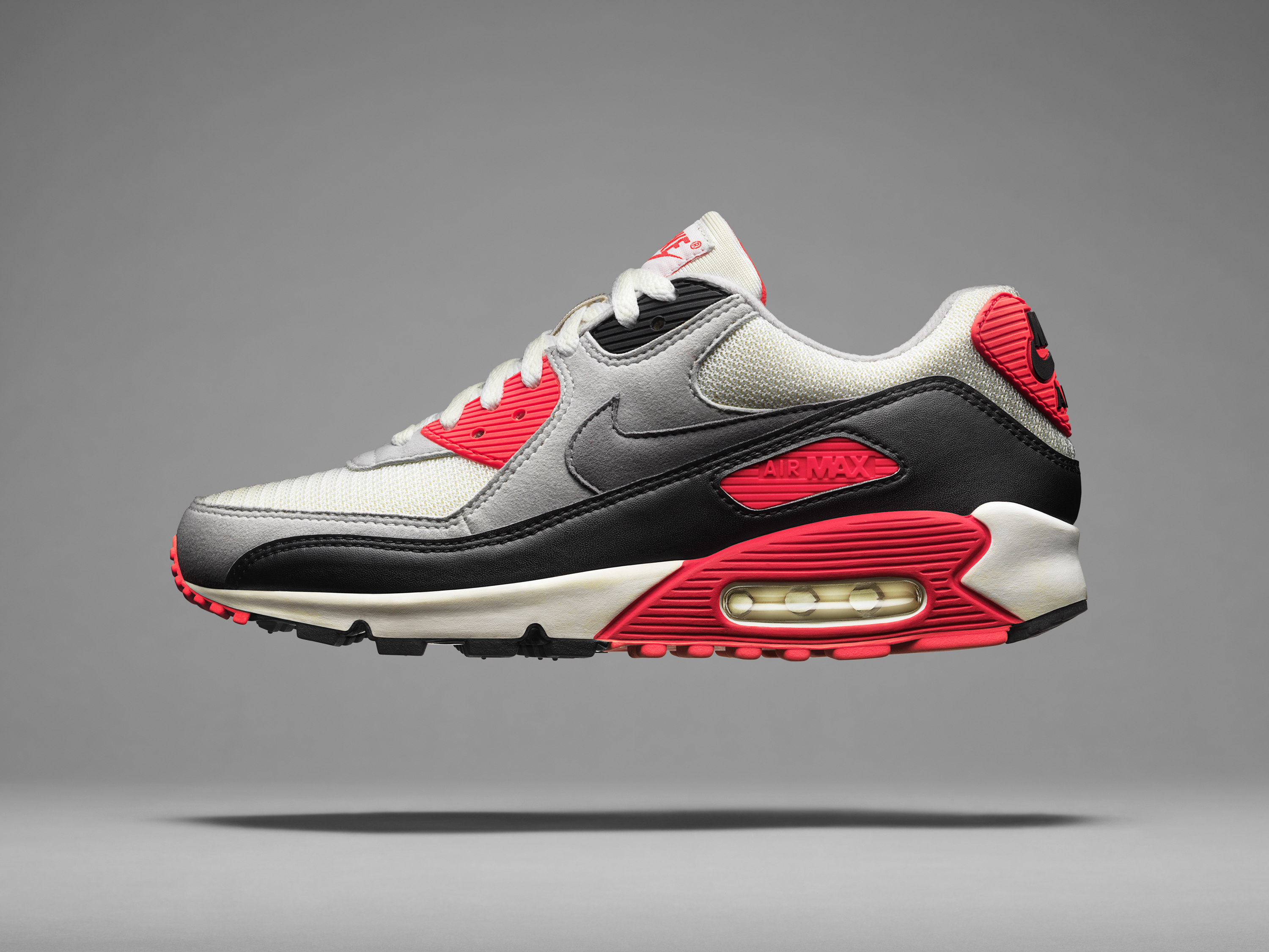 Masters of Max: The Air Max Icons – Air Max 90 · _SP15_NSW_AirMaxDay_AM90_1990_Hero_V4_38906